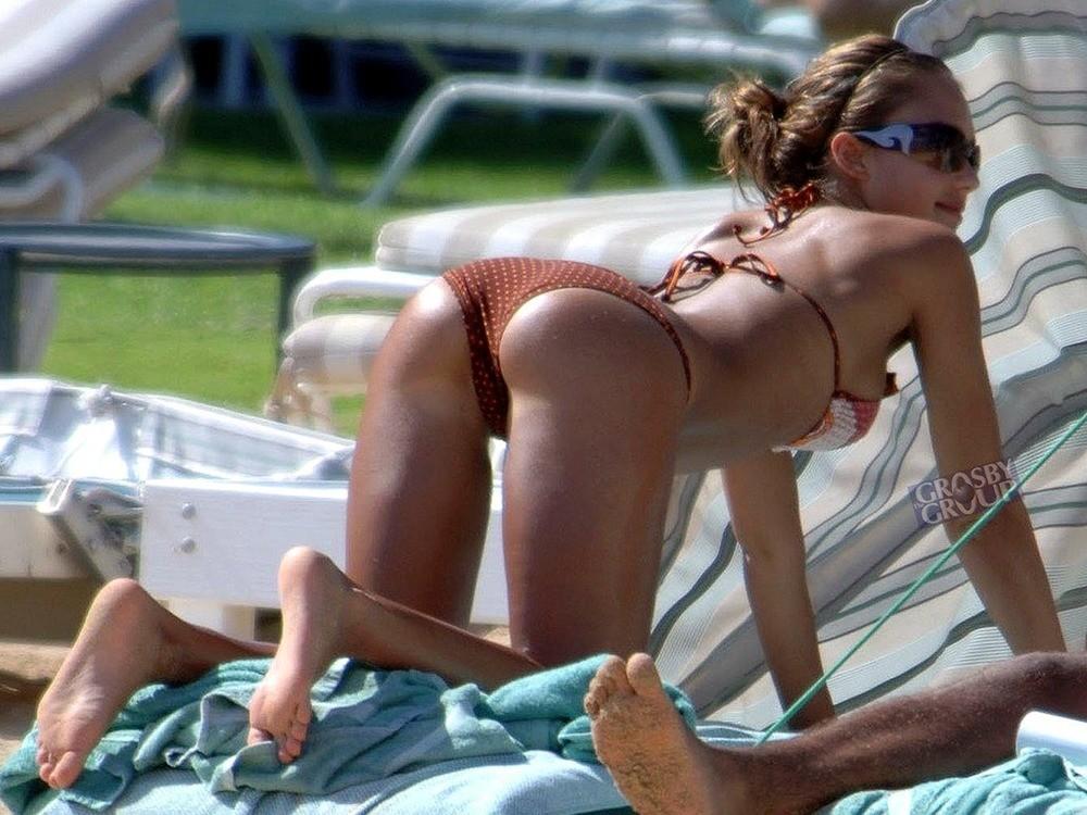hot-girls-in-bikinis-bending-over-call-giirls-indian-nude